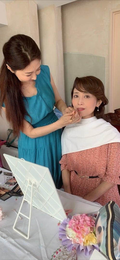 美ーナス塾主催【美恵子マジックメイク&撮影会】開催しました。